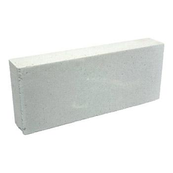Пеноблок HEBEL / ХЕБЕЛЬ (600х250х150 мм / D500)Пеноблок, кирпич<br>Используя пеноблок HEBEL плотность500 кг/м3 ровный 600Х250Х150 мм. в несколько раз сокращаются сроки проведения кладочных работ, при этом качество и надежность возводимых стен/перегородок остается на высоте. Достаточно отметить, что количественное соотношение блоков и стандартного кирпича в одном м3 составляет примерно 1:10, соответственно построить конструкцию из пеноблока в десять раз быстрее. При этом материал отличается малым весом и легко поддается обработке (пилится, шлифуется). Выверенная геометрия к<br>