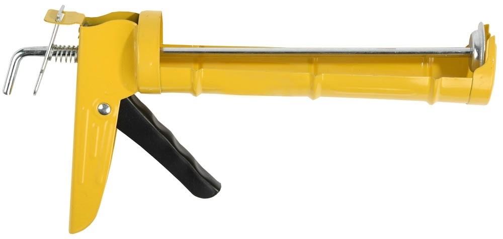 Пистолет для герметика STAYER STANDARD полукорпусной (310 мл)Пистолеты<br>Современное строительство немыслимо без применения разнообразных герметиков для заполнения швов, примыканий, трещин. Как правило, они предлагаются расфасованными в цилиндрические тубы (картриджи). Их наносят, используя специальный инструмент - пистолет для герметика STAYER STANDARD полукорпусной (310 мл). Он подходит для любых картриджей объемом, не превышающим 310 мл., включая акриловые, силиконовые герметики, жидкие гвозди.Особенности примененияЧтобы «зарядить» пистолет необходимо приж<br>