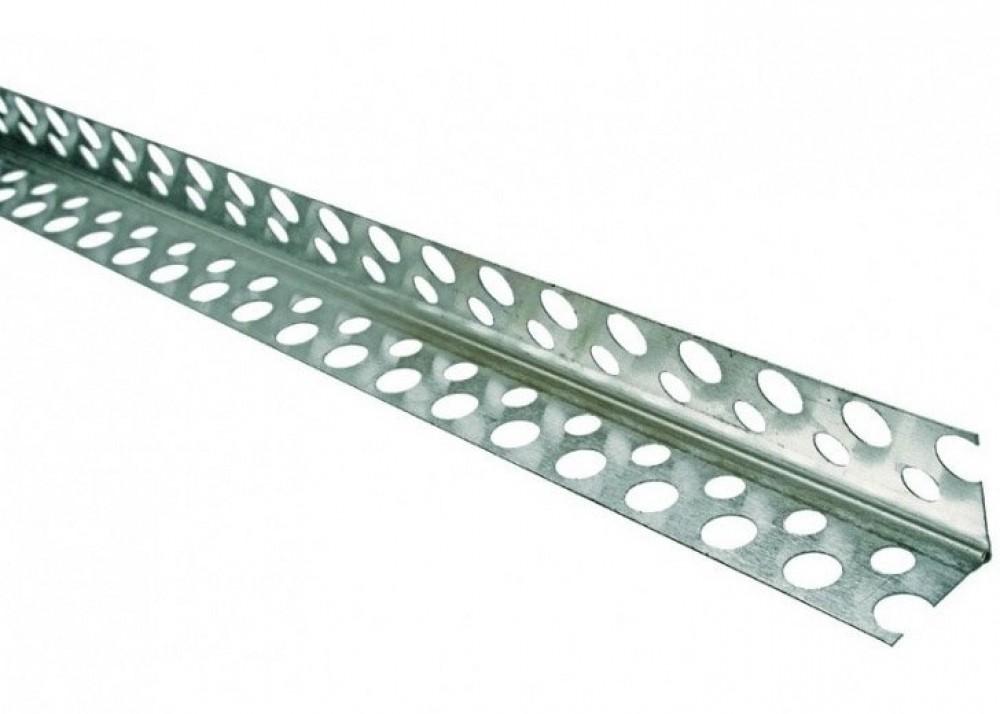 Уголок алюминиевый перфорированный (3 м)Профиль специальный<br>В устройстве большинства конструкций из гипсокартона, ГВЛ и аналогичных материалов часто используется уголок алюминиевый перфорированный (3 м). Он представляет собой специальный профиль  с перфорированными полками, визуально напоминающий латинскую букву «L». Область применения строительного элемента – усиление внешних углов гипсокартонных конструкций (перегородки,  ниши, камины, фальш-стены и так далее).Особенности использованияНа внешний угол наносится шпаклевка/штукатурка и вдавливается профиль, заранее о<br>