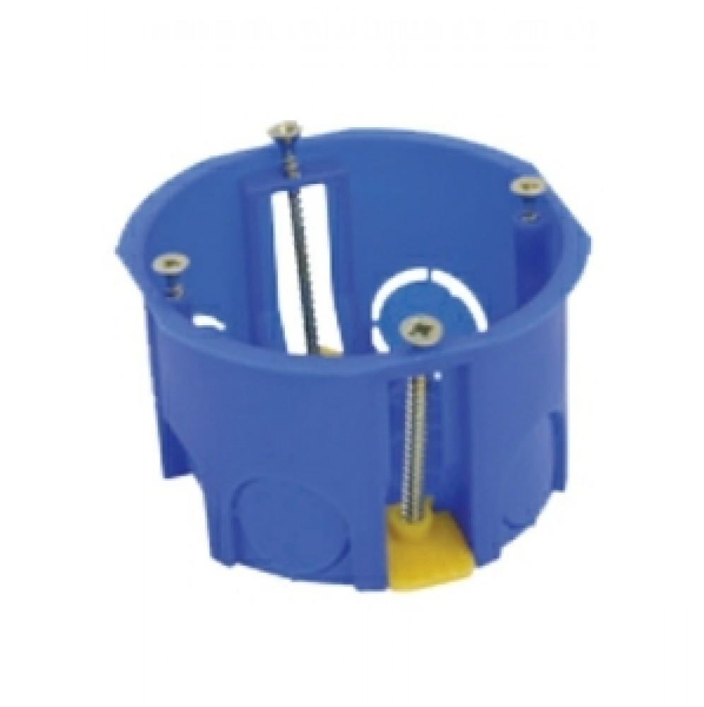 Подрозетник по гипсокартону (68 мм)Подрозетники, распаечные коробки<br>Установка розеток в стенах из гипсокартона имеет свои особенности. Вам не нужно делать дополнительные отверстия в твердой поверхности, так как полость между стеной и листом гипсокартона выступит в качестве углубления, достаточного для установки розетки, выключателя или датчика любого типа.При выборе подрозетника по гипсокартону учитываются следующие цифры: расстояние между стеной и гипсокартонном, которое и определит глубину детали, фиксирующей электротехническое оборудование, размер и форма самой розетки.<br>