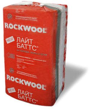 Утеплитель ROCKWOOL LIGHT BATTS (РОКВУЛ ЛАЙТ БАТТС) (1000x600x50 мм / 0.24 м3 / 8 шт)Утеплитель<br>Уникальный утеплитель ROCKWOOL LIGHT BATTS (1000Х600Х50 мм/0.24 м3)- это гидрофобизированные легкие минераловатные плиты, изготовленные из горных пород, относящихся к базальтовой группе. Особенность материала заключается в максимальном удобстве выполнения монтажных работ. Каждая плита с одного края может  пружинить (поджиматься/разжиматься), благодаря таким свойствам значительно упрощается установка утеплителя в заранее подготовленную каркасную конструкцию (деревянную или металлическую). В результате обеспе<br>
