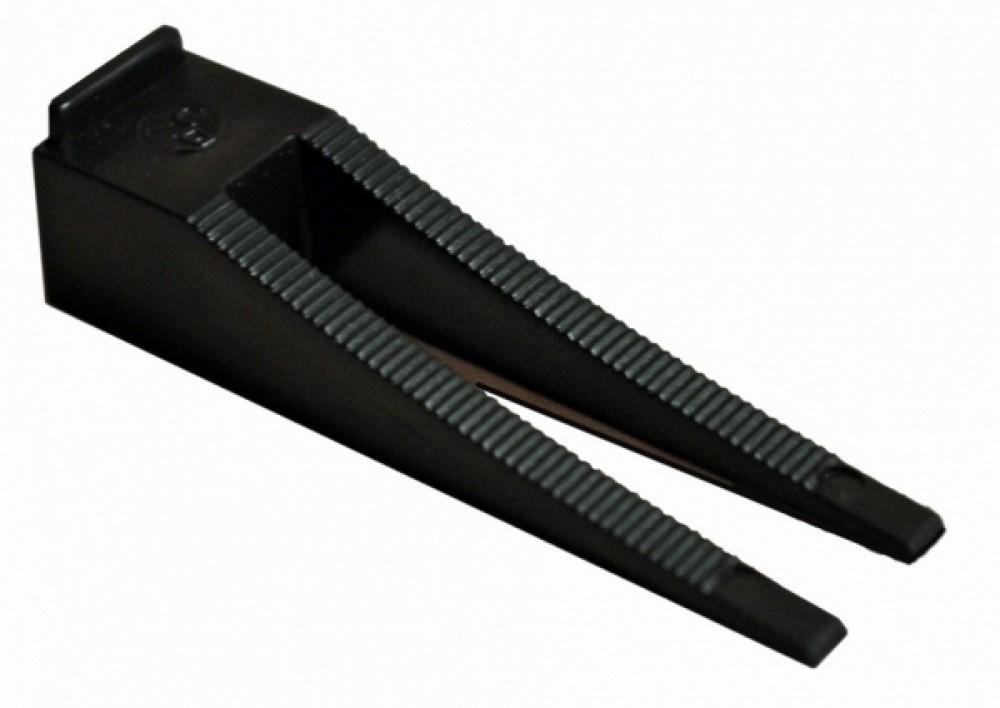 Система выравнивания плитки (5-12 мм / 100 шт / клин)Карандаши, нити, порошки, клинья<br>Система Выравнивания Плитки - это устройства, позволяющие быстро и качественно выровнять поверхности по горизонтальной или вертикальной плоскости в процессе укладки керамической и керамогранитной плитки. <br>СВП устраняет даже незначительные перепады плитки на стыках в единой плоскости; СВП исключает вероятность «проседания» плитки до и после высыхания притолочного клея;СВП гарантирует ровный шов (минимальный размер 1,5 мм) между плитками; СВП позволяет добиться максимального выравнивания плиточной поверхности<br>